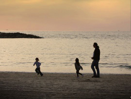 family running sunset