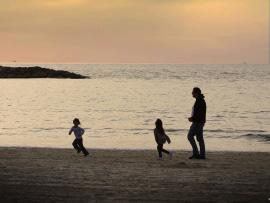 family running sunset
