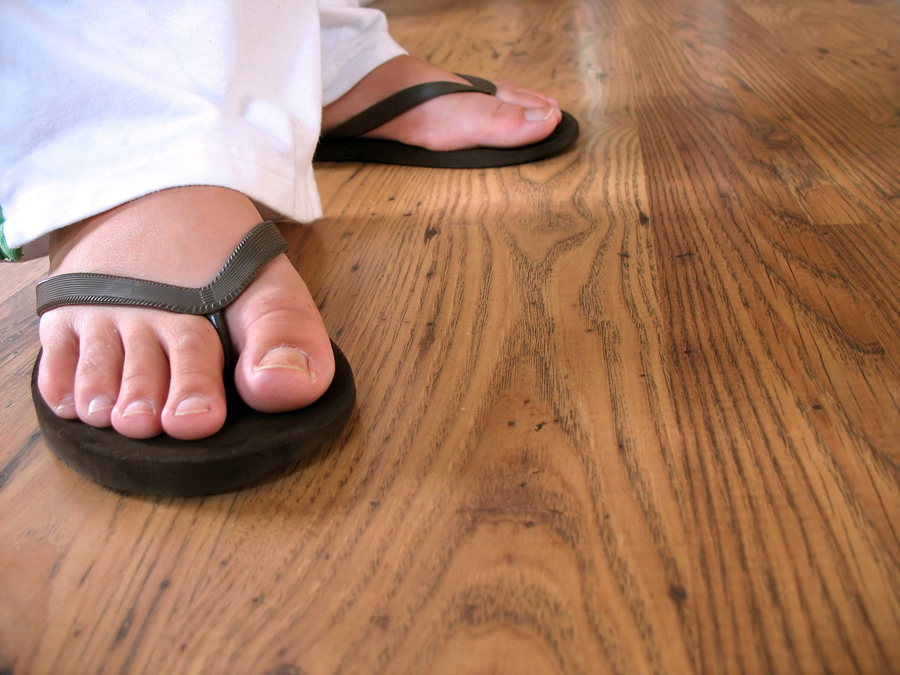 After Wearing Flip-Flops All Summer, Students Head Back to School with Painful Feet