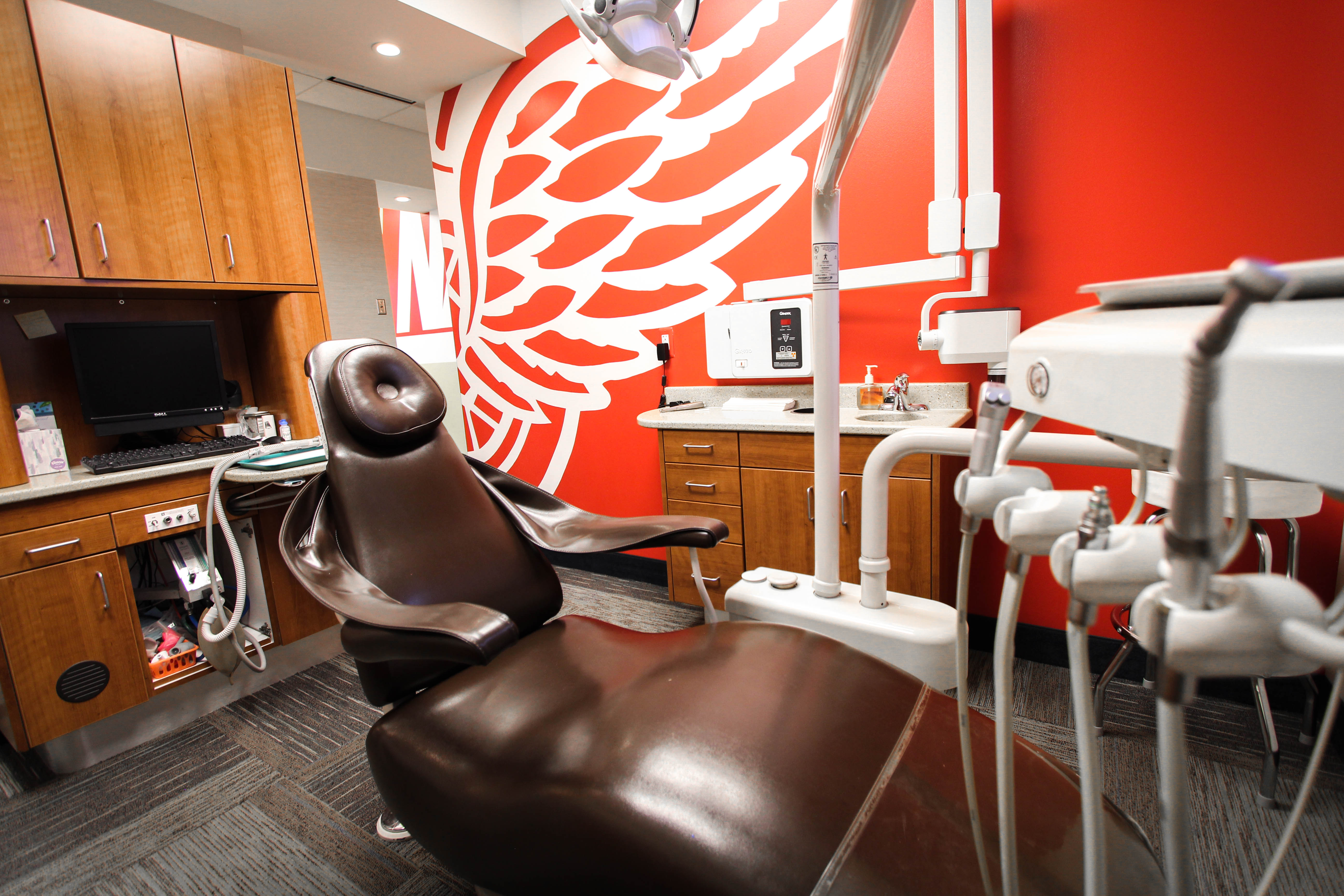 Red-Wings-Chair-Angle-2