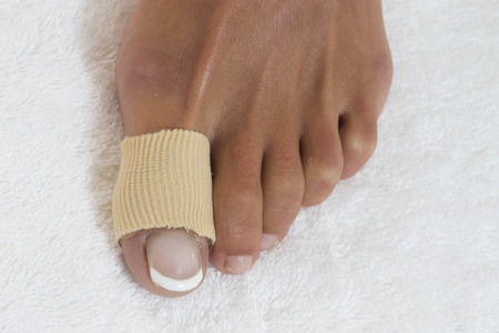 45990512 - foot toe bandage