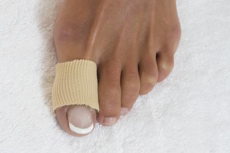 45990512 - foot toe bandage